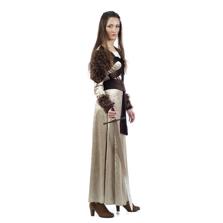 Kostum Als Wikingerin Oder Nordfrau Mit Authentischer Wirkung