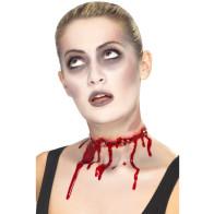 Zombie blutige Kehle