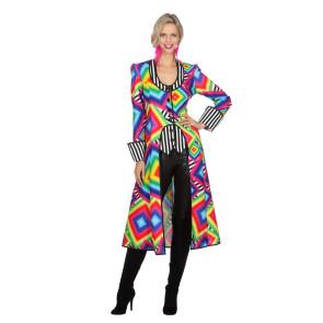 Frau als farbenfrohes Bonbon verkleidet aus dem Candyshop front