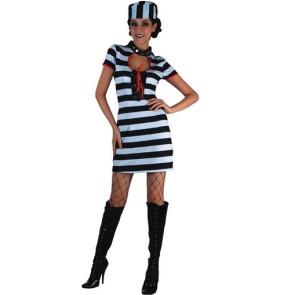 Frau als sexy Sträfling, Häftling verkleidet mit Mütze mit Stiefeln, front