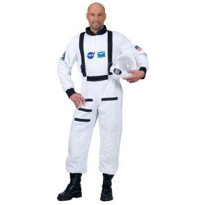 Mann im weißem Astronauten Overall mit Helm
