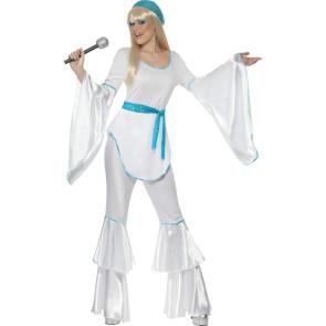 Frau verkleidet wie ABBA Agnetha Super Trooper vorne